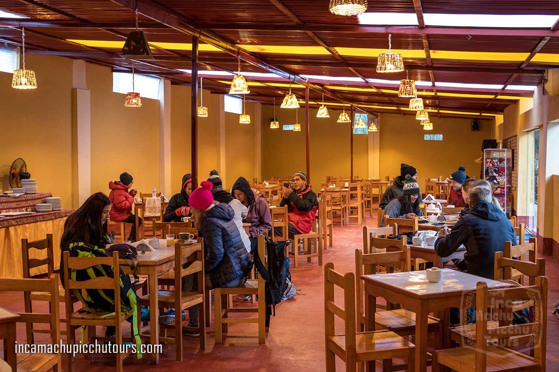 restaurant-rainbow-mountain